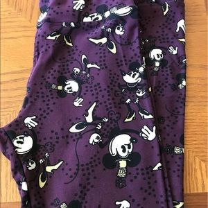 LularoeOS Purple Leggings Disney Minnie/Top Hat